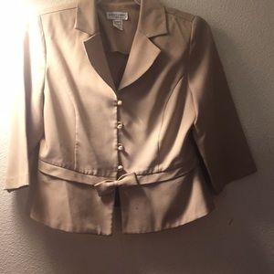 Miss Dorby coat